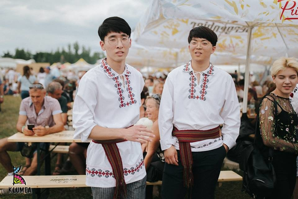 https://voyages-moldavie.com/wp-content/uploads/2019/06/chinois-960x640.jpg