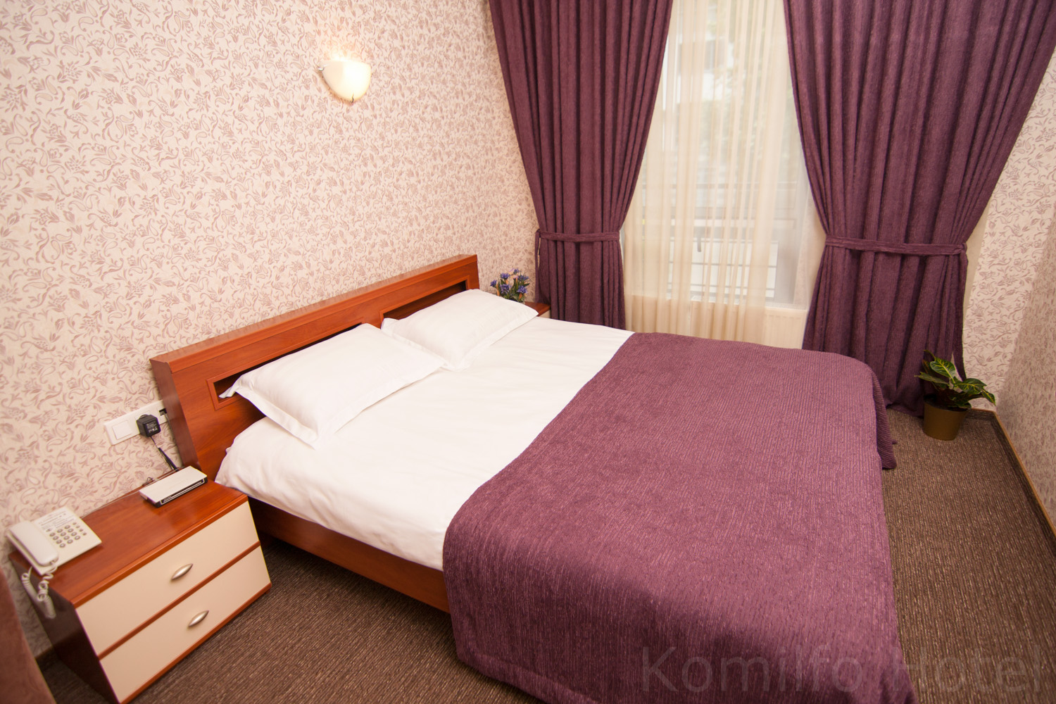 https://voyages-moldavie.com/wp-content/uploads/2019/07/Hôtel-Komilfo.jpg